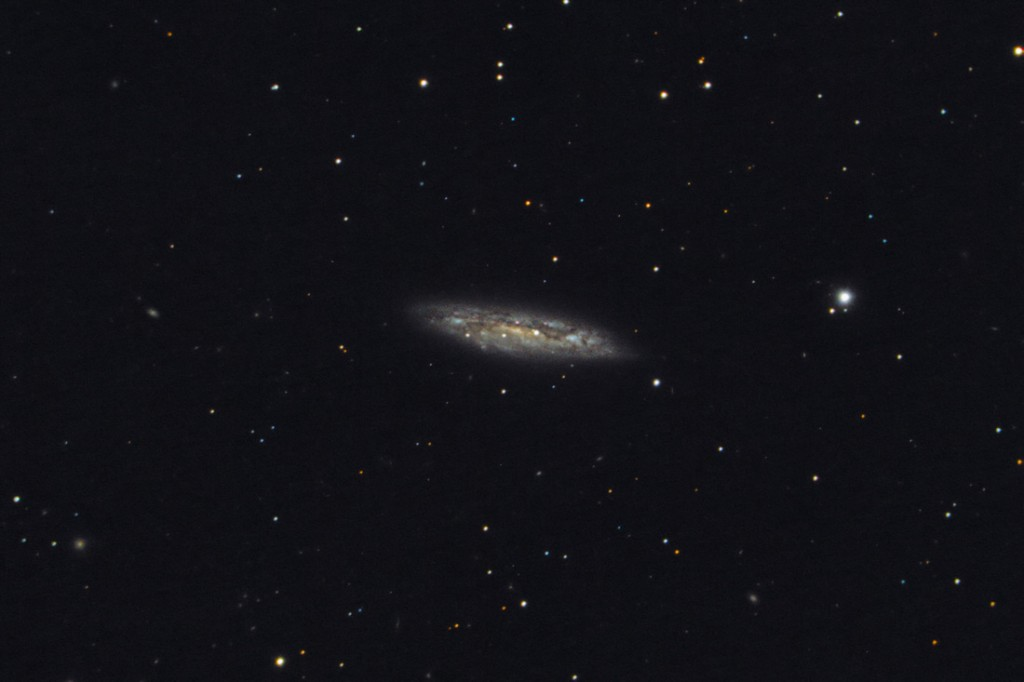Messier 108,M108,NGC 3556,barred spiral galaxy,ursa major