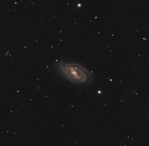 Messier 109,M109,NGC 3992,barred spiral galaxy,ursa major constellation