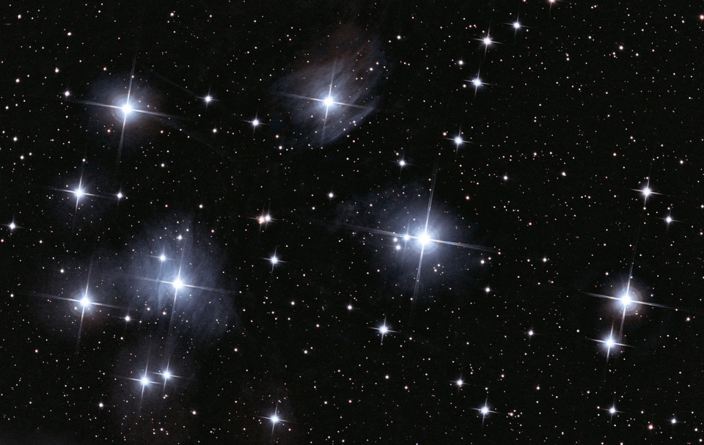 pleiades,pleiades star cluster,messier 45,m45,seven sisters