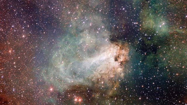 swan nebula,messier 17