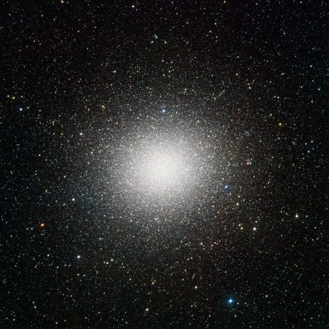 globular cluster,centaurus constellation