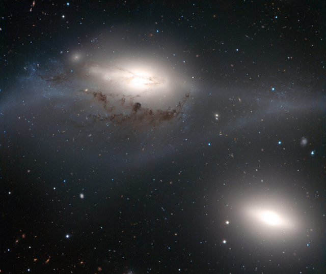 eyes galaxies,ngc 4435,ngc 4438,colliding galaxies