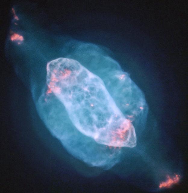 saturn nebula